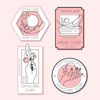 Diferentes etiquetas de jabón femenino.