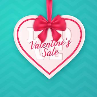 Diseño de anuncio de ventas en forma de corazón de san valentín
