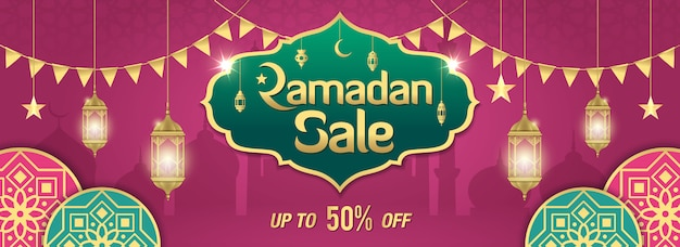 Diseño de banner de venta de ramadán con marco dorado brillante, linternas árabes y adorno islámico en púrpura