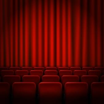 Diseño de carteles de estreno de cine con cortinas rojas.
