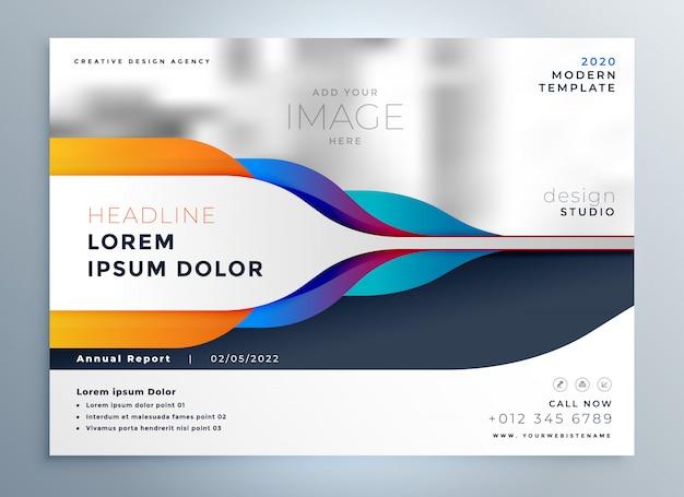 Diseño creativo del folleto con formas abstractas