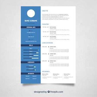 Diseño de curriculum azul y blanco