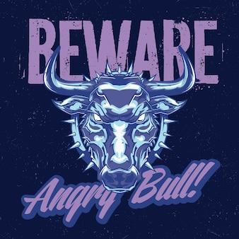 Diseño de etiqueta de camiseta con ilustración de toro enojado.