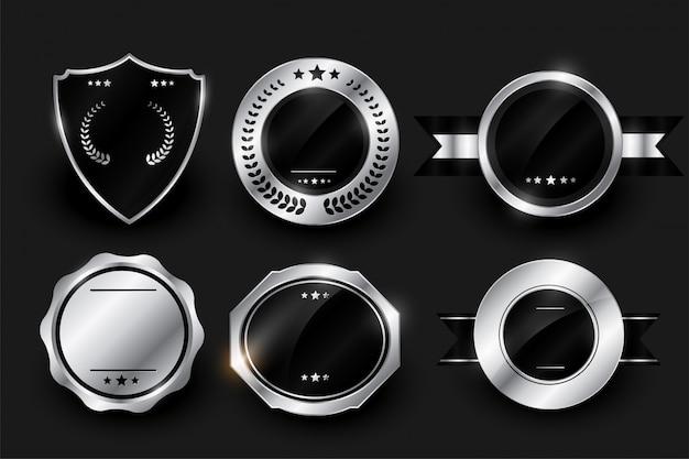 Diseño de etiquetas e insignias brillantes en blanco plateado