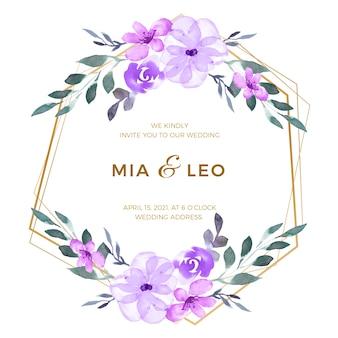 Diseño floral hermoso del marco de la boda