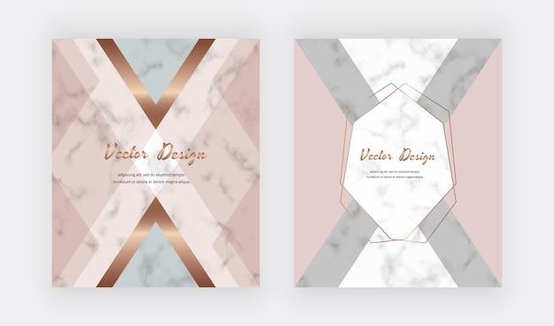 Diseño geométrico con triángulos de oro rosa en la textura de mármol.