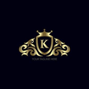 Diseño de letra k dorada