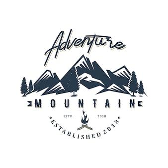 Diseño de logo de aventura moutain.