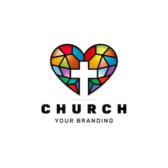 Diseño de logotipo de amor de iglesia de vidrieras