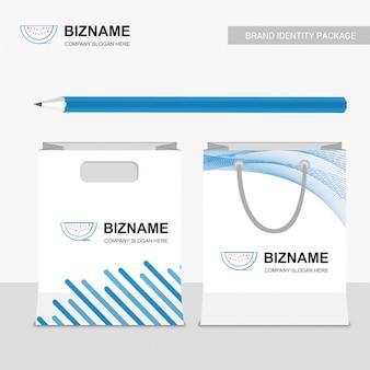Diseño y logotipo de bolsas de la empresa de frutas