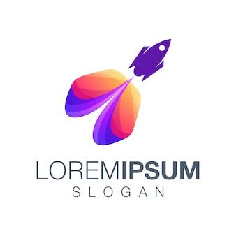 Diseño de logotipo de color degradado de cohete