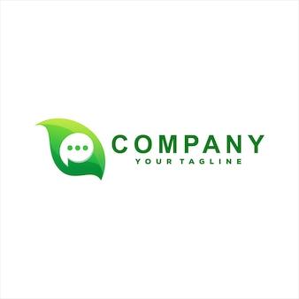 Diseño de logotipo degradado de chat verde