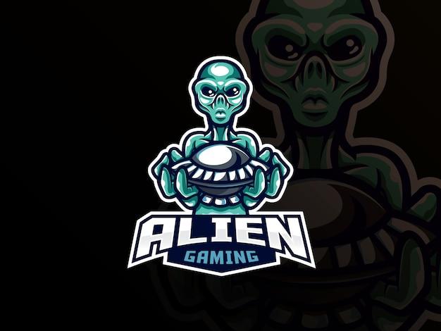 Diseño de logotipo de deporte de mascota alienígena