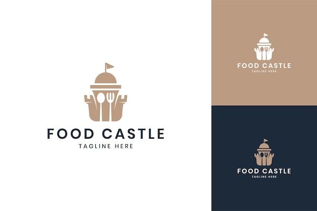 Diseño de logotipo de espacio negativo de castillo de comida