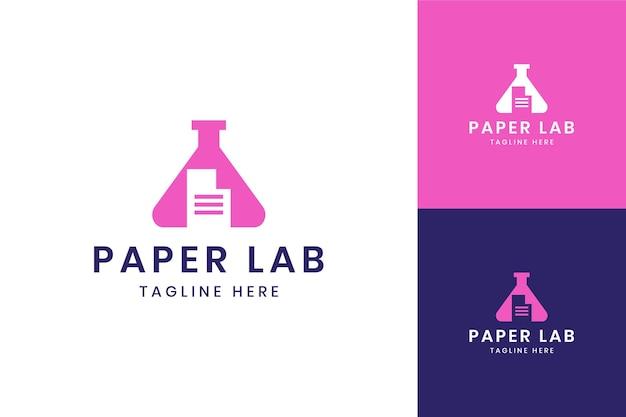 Diseño de logotipo de espacio negativo de laboratorio de papel
