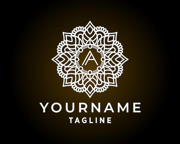 Diseño de logotipo de flor de mandala de lujo