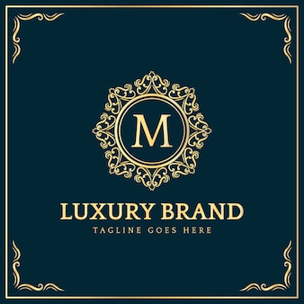 Diseño de logotipo de insignia de estilo real vintage de lujo real femenino con adornos florales adecuados para negocios de belleza de restaurante de spa de hotel