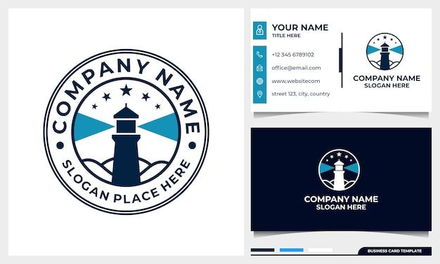 Diseño de logotipo insignia faro con plantilla de tarjeta de visita
