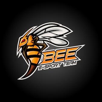 Diseño de logotipo de mascota enojado esport bee