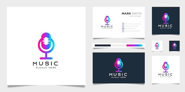 Diseño de logotipo de música podcast moderno degradado con plantilla de tarjeta de visita