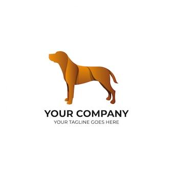 Diseño de logotipo de perro marrón