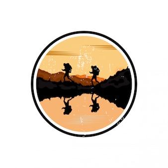 Diseño de logotipo de viaje al aire libre