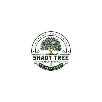 Diseño de logotipo vintage árbol sombreado