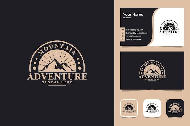 Diseño de logotipo vintage de aventura en la montaña y tarjeta de visita.