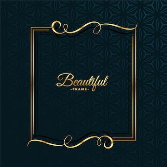 Diseño de marco atractivo floral dorado