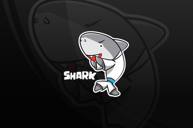 Diseño de mascota shark esport. autodefensa