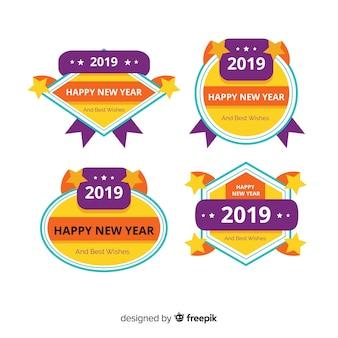 Diseño plano de la colección de insignias de año nuevo 2020