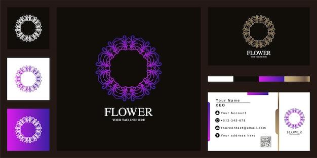 Diseño de plantilla de logotipo de lujo de flor o adorno con tarjeta de visita