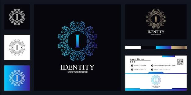 Diseño de plantilla de logotipo de marco de flor de adorno de lujo letra i con tarjeta de visita.