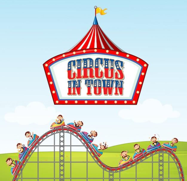 Diseño de póster para circo en la ciudad con monos montando en montaña rusa