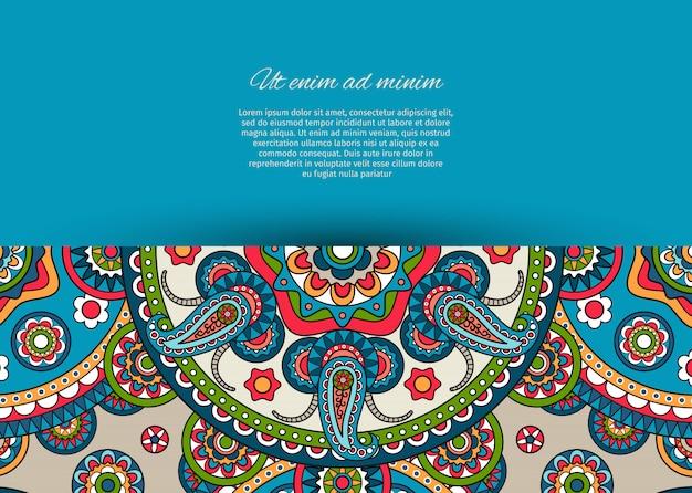 Diseño de tarjeta azul con estampado paisley.