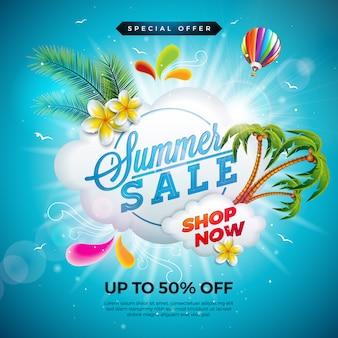 Diseño de venta de verano con flores y hojas de palmeras exóticas sobre fondo azul