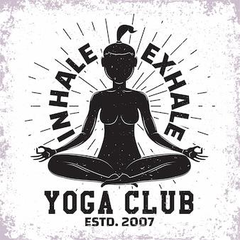 Diseño vintage, sello de impresión de grange, club de yoga o emblema de tipografía de estudio, logotipo deportivo diseño creativo