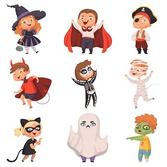 Disfraces de halloween. los niños dan miedo en la fiesta, truco o trato, vampiros, zombis, brujas