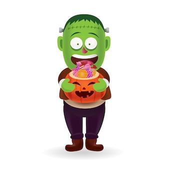 Disfraz de monstruo y fantasma de halloween_lute frankenstein llevando un cubo de calabaza de halloween con dulces con aislados