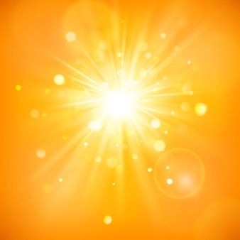 Disfruta la luz del sol. luz cálida del día. fondo de verano con un sol caliente estalló con destello de lente.