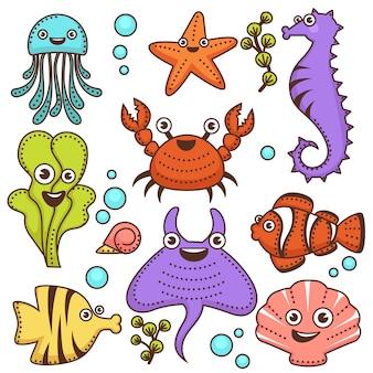 Divertidos habitantes marinos con lindas caras amistosas