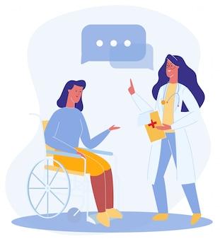 Doctor dar recomendación mujer en silla de ruedas