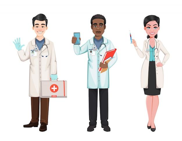 Doctores trabajando en el hospital