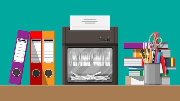 Documento en papel en máquina trituradora. documento rasgado en pedazos. concepto de rescisión del contrato. mesa con libros, papelería, carpeta de anillas. ilustración vectorial en diseño plano