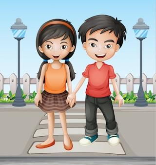 Dos adolescentes tomados de la mano juntos