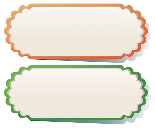 Dos etiquetas en naranja y verde.