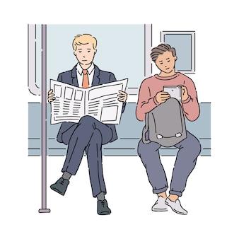 Dos hombres en metro leyendo el periódico y usando tableta