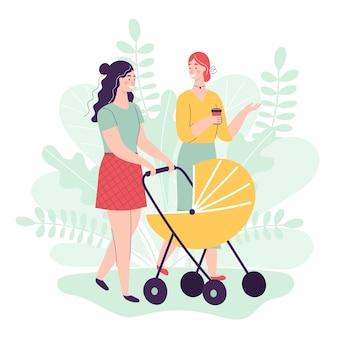 Dos, mujeres jóvenes, ambulante, con, cochecitos de bebé