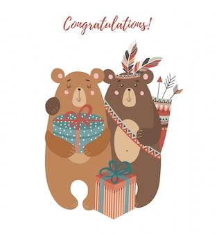 Dos osos: con ramo de flores, plumas tribales y regalos.