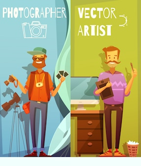 Dos pancartas de dibujos animados verticales con un divertido fotógrafo y artista de pie cerca del equipo